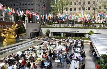 Plaza Rockefeller Center 1.jpg